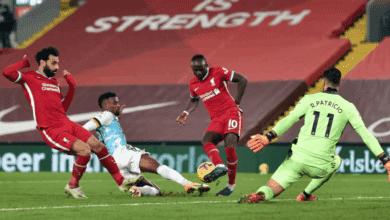 ساديو ماني يسجل في مباراة ليفربول وولفرهامبتون بمساعدة المدافع سيميدو