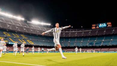 رونالدو يحلق في كامب نو بتسجيل ثنائية لفريق يوفنتوس أمام برشلونة في الجولة السادسة من دور مجموعات دوري أبطال أوروبا