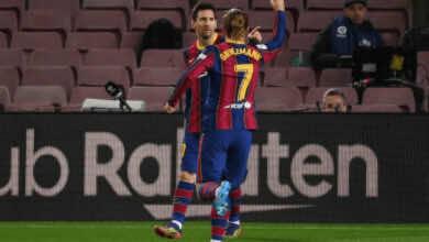 برشلونة يختتم 2020 بغياب ميسي وقطبا مدريد للبقاء في القمة