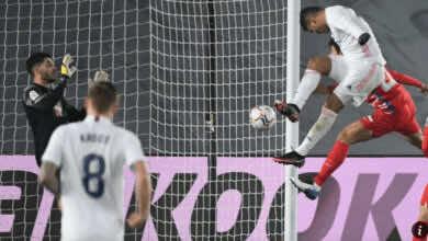 كارلوس كاسيميرو يسجل هدف تقدم ريال مدريد امام غرناطة في الدوري الاسباني 2021/2020