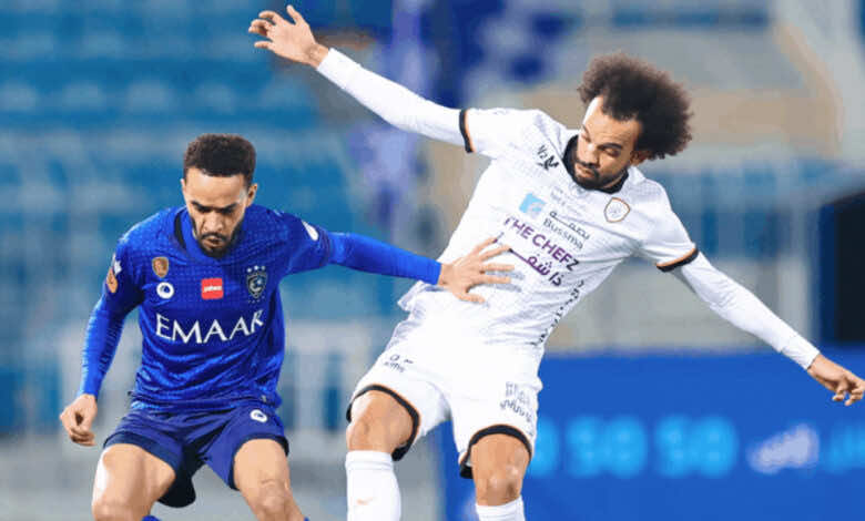 الشباب يسقط الهلال في فخ التعادل 1-1 في الدوري السعودي موسم 2021/2020