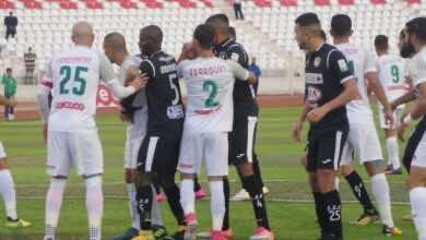 مباراة وفاق سطيف ومولودية وهران فى الدوري الجزائري (صور:Google)