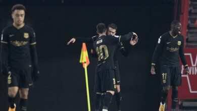 احتفال لاعبو برشلونة بالفوز على غرناطة فى ثمن نهائي كأس اسبانيا (صور:AFP)