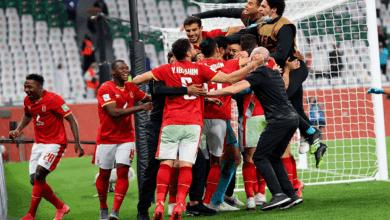 رئيس الأهلي المصري يهنيء لاعبيه بعد برونزية كأس العالم للأندية - صور Afp