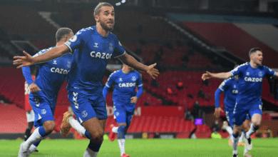 كالفيرت ليوين يسجل هدف تعادل ايفرتون 3-3 امام مانشستر يونايتد على ملعب أولد ترافورد في الدوري الانجليزي 2021/2020 - صور AFP