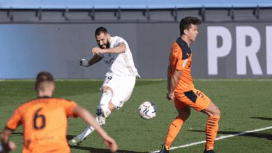 كريم بنزيمة يسجل هدف ريال مدريد امام فالنسيا