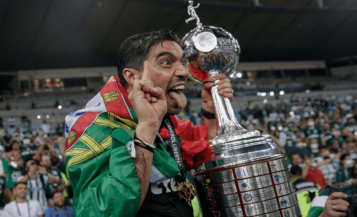 آبيل فيريرا : لن أعد بحصول بالميراس على اللقب ونحترم كل المنافسين في مونديال الأندية - صور Afp
