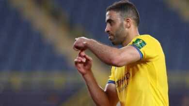 الدوري السعودي | لاعب النصر السابق يعتذر وينتقد العضو الذهبي