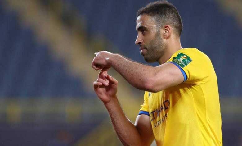 الدوري السعودي   لاعب النصر السابق يعتذر وينتقد العضو الذهبي