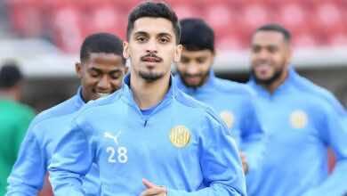 """متصدر الدوري الاماراتي """"الجزيرة"""" يضم 11 لاعبًا من أكاديميته بعقود احترافية"""