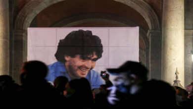 بدأ المناقشات في سبب وفاة الاسطورة دييجو آرماندو مارادونا!