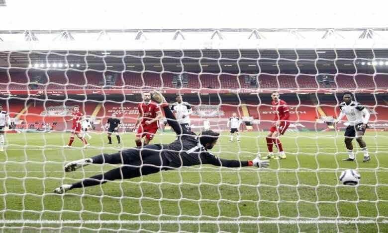 فيديو يوتيوب | شاهد اهداف مباراة ليفربول وفولهام في الدوري الانجليزي (صور:AFP)