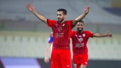 علي مبخوت نجم نادي الجزيرة الاماراتي ومنتخب الامارات