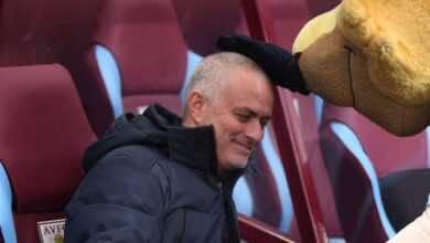 ما مجموع أرباح مورينيو بعد إقالته من تشيلسي وريال مدريد ومان يونايتد وتوتنهام؟