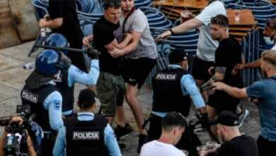 فيديو | اشتباكات عنيفة بين تشيلسي ومانشستر سيتي قبل نهائي دوري أبطال أوروبا