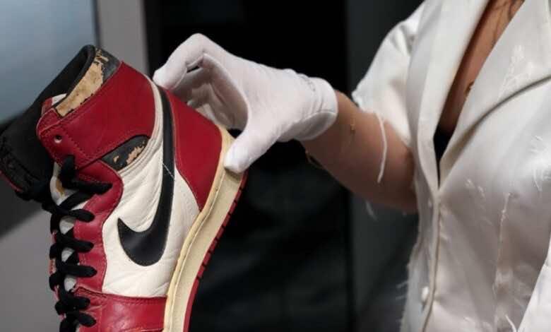 ما هو أغلى حذاء رياضي في التاريخ؟