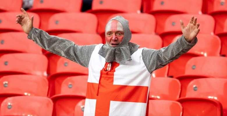 جمهور انجلترا قبل مباراة ديربي بريطانيا امام اسكتلندا في يورو 2020