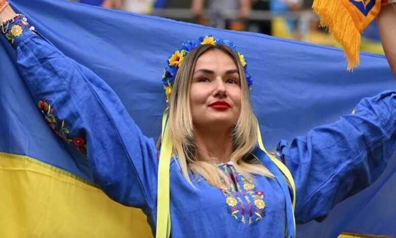 يورو 2020   جنون السويد يُعيد طائرة أوكرانيا من كييف!