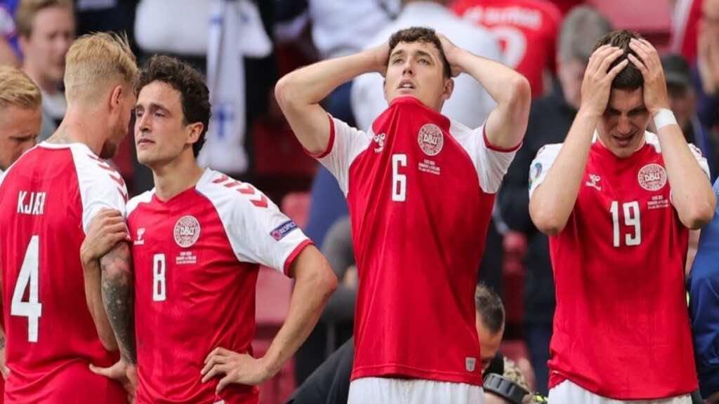 لحظة اغماء اريكسن في مباراة الدنمارك وفنلندا ببطولة يورو 2020 - فيديو