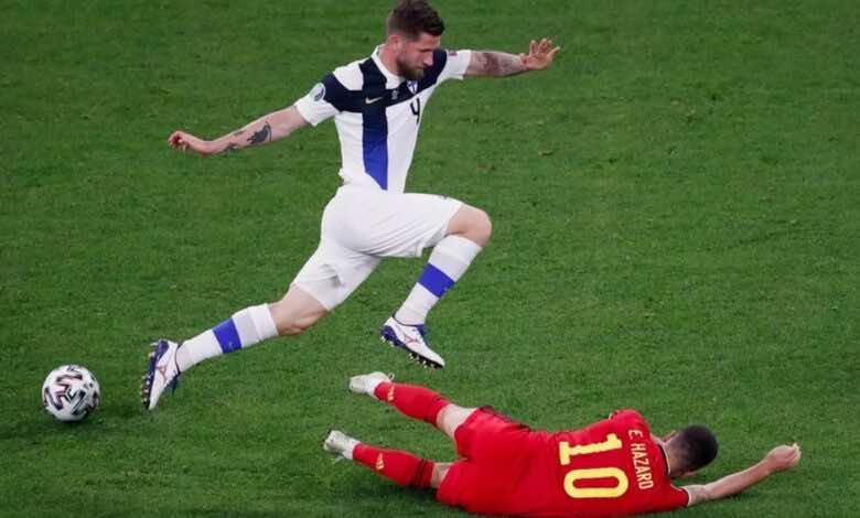 يورو 2020 | يايا توريه يسخر من مؤخرة هازارد..ويشرح أهميتها في أسلوب لعبه