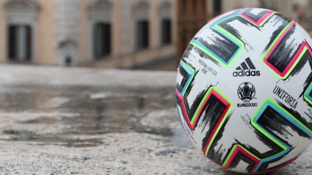 صورة كرة يورو 2020 - صور Getty