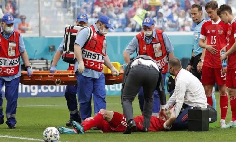 يورو 2020 | الكوارث مستمرة..نقل مدافع روسيا إلى مستشفى سان بطرسبرج بعد سقوط مروع