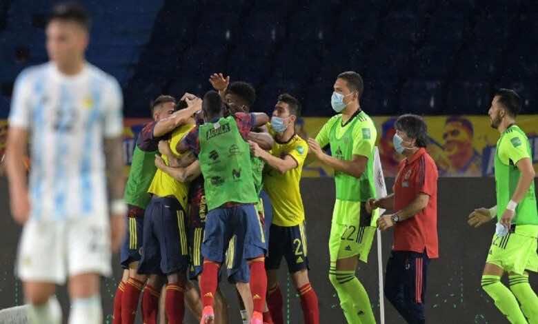 تصفيات كأس العالم 2022   دكة كولومبيا تقلب الطاولة على الارجنتين وتخطف نقطة ثمينة (صور:AFP)