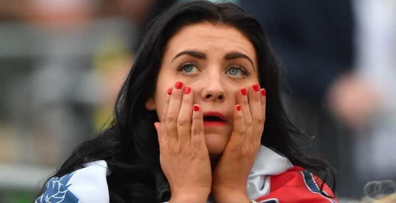 حزن جمهور انجلترا بعد التعادل السلبي مع اسكتلندا في ديربي بريطانيا ببطولة يورو 2020 - صور Getty