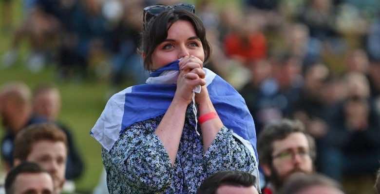 مشجعة منتخب اسكتلندا تتمنى التعادل مع انجلترا - صور Getty
