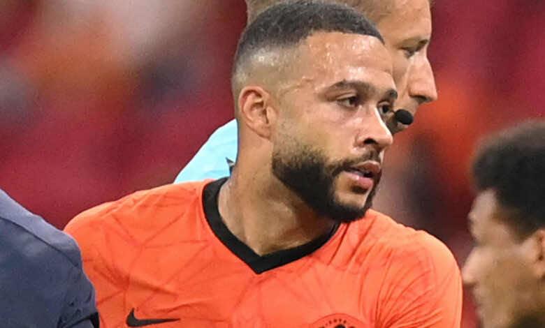 صفقات برشلونة | بعد الإعلان الرسمي.. الوجه الآخر في حياة ديباي لاعب البرسا الجديد