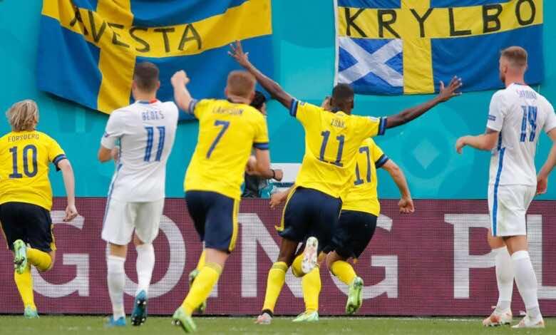 يورو 2020 | السويد تنتزع صدارة المجموعة الخامسة مؤقتًا بفوزها الصعب على سلوفاكيا