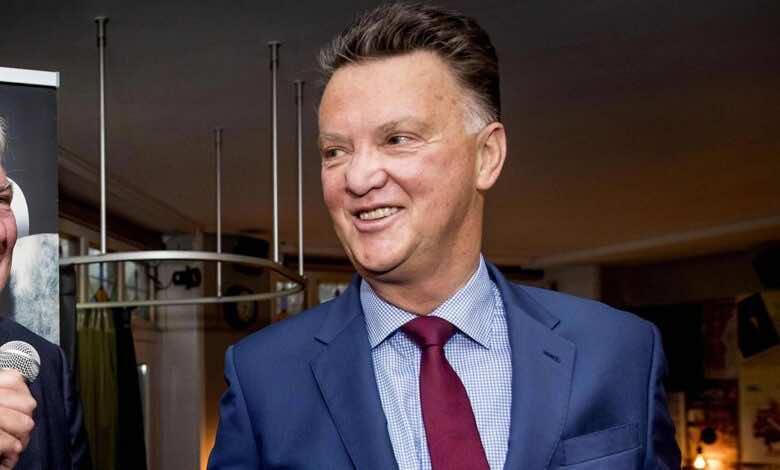 رسميًا .. فان خال يعود لتدريب منتخب هولندا بعد غياب طويل