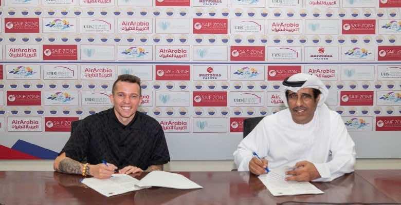 الشارقة الإماراتي يظفر بخدمات صانع ألعاب ايفرتون الانجليزي.