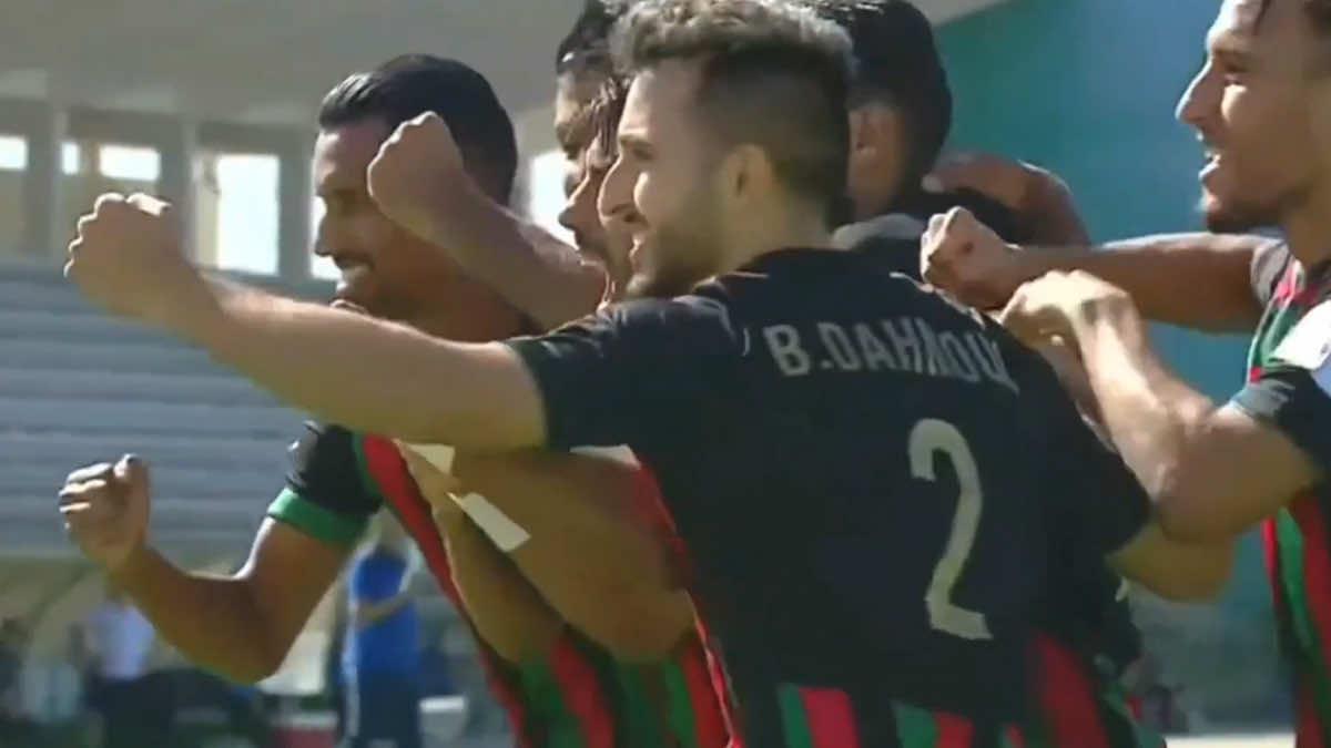 شاهد فيديو اهداف مباراة الجيش الملكي ويوسفية برشيد في البطولة المغربية إنوي