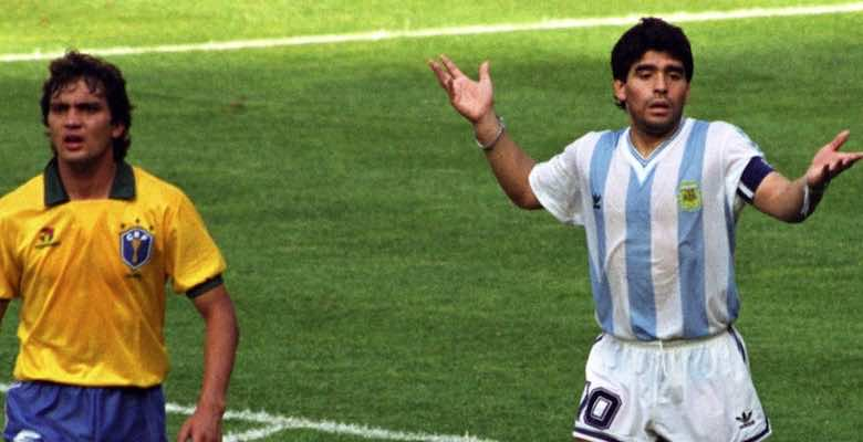 مارادونا في مباراة الارجنتين والبرازيل