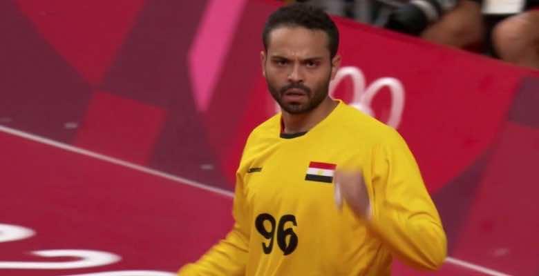 حارس مرمى منتخب مصر لكرة اليد الطيار خلال أولمبياد طوكيو 2020