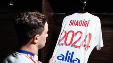 صفقات ليون | شاكيري يرحل عن ليفربول لتعويض ممفيس ديباي