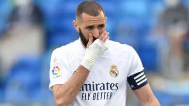 كريم بنزيمة يرفض خرق سياسية ريال مدريد ويكشف موعد رحيله