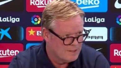 مدرب برشلونة رونالد كومان يرفض الإجابة على أسئلة الصحفيين!