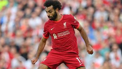 صلاح يطالب براتب 500 ألف جنيه استرليني أسبوعياً لتجديد عقده مع ليفربول
