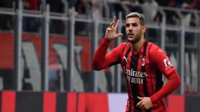 ميلان يفوز على فينيسيا بثنائية في الدوري الايطالي ويُواصل ملاحقة الانتر