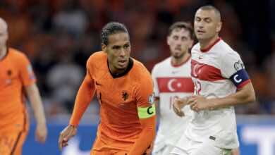 عاجل | شاهد اصابة فان دايك في مباراة هولندا وتركيا